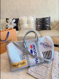 2020 Hot sold Damentaschen Designer Handtaschen Geldbörsen Umhängetaschen Mini-Kette Tasche Designer Umhängetaschen Messenger Tragetasche Clutch Bag B21