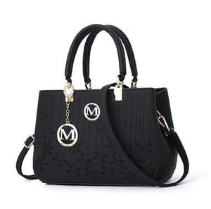 New luxury Fashion Famous designer Women Handbags belt Speedy Shoulder Bag Hobo Crossbody Bag ladies totes Boston messenger bags Purse 6821