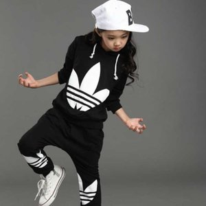 2 colori bambino del bambino vestiti dei ragazzi maglietta + pants Bambini Sportswear Abbigliamento per bambini Abbigliamento ragazzi vestiti del progettista di autunno set 1-7Y orecchie