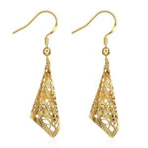 Boucles d \ 'oreilles novatrices conçues motif de fleurs géométriques creux et lustre accessoires de boucles d'oreilles cadeaux d \' anniversaire romantiques POTALA224