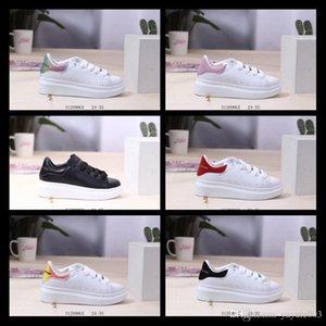2020 enfants designers de luxe chaussures UK triple blanc noir jade rouge argent grean réfléchissant 3M 6 coloris espadrilles 24-35