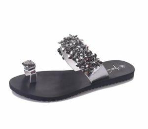 Tasarımcı Rhinestone Yaz Plaj Slipper ile Kadınlar Terlik Ucuz Kristal Çiçek Terlik Flop'lar Sandalet Moda Bayan Flats Büyük Beden çevirin