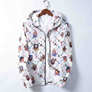 2020 new mens designer hooded jacket windbreaker sportswear new spring and autumn casual jacket clothing zipper collar plaid printed slim ja