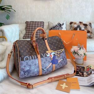 2020 Designer Mens Duffel Bag Moda Luxo Travel Bag Homens Mulheres Outdoor Marca Bolsas de Ombro Grande Capacidade B102675K Eree Duffel pacote