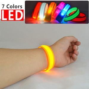 luce di nylon LED lampeggiante bracciale cinturino da polso bracciale per il giocattolo sport esterni di sicurezza attività del partito Club Cheer Notte braccialetto 22 centimetri FFA3191-3