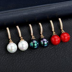 Neue Top-Qualität simulierte Perlen Errings Frauen für Hochzeit Schmuck Accessoires Mode Red-Bolzen-Ohrringe Besten Weihnachts-Bijoux Geschenk