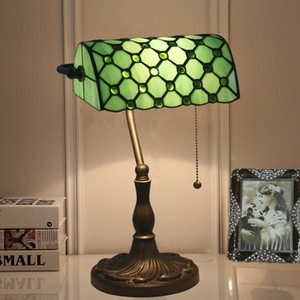 Tiffany Green Glass Table Lamps American Vintage Studio Scrivania Lampada Green Bank Bank Lamp Bar Cafe Desk Light Fixture