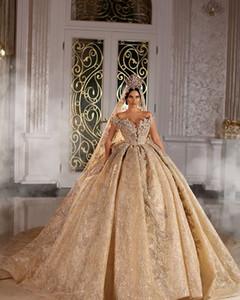 2020 Shinny robe de bal de mariage Dresse Champagne Encolure cristal de luxe perlée Saudi Arabian Dubai Robe de mariée Plus Size