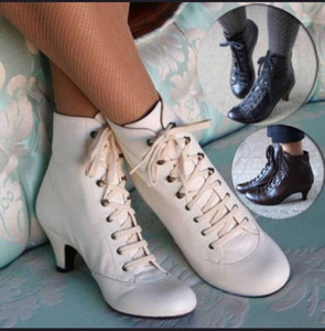 Moda Vintage Kadınlar Martin Patik Sivri Burun Dantel Deri Ayak bileği Boots Yüksek Topuklar Sonbahar Kış Bayan Ayakkabı EuropeStyle Klasik Siyah