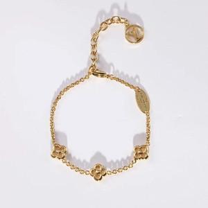 Europe and the United States new hot-selling retro alphabet electroplating designer bracelet luxury designer jewelry women bracelet