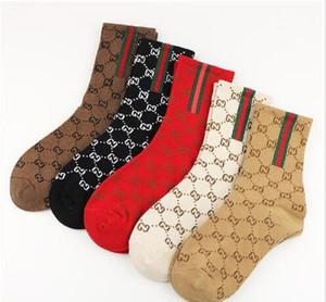 Drop shipping chaussettes marée mode net long tube ins rouge automne des femmes de personnalité et d'hiver chaussettes de coton peigné de 10pairs / 20pcs