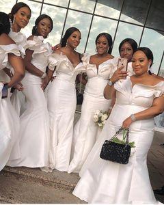 2020 남아프리카 인어 신부 들러리 드레스 롱 오프 숄더 명예 가운 새틴 캡 슬리브 플러스 사이즈 웨딩 게스트 드레스의 프릴 메이드