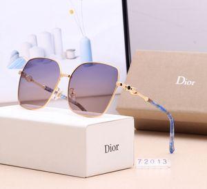 [Con la caja] Los hombres gafas de sol polarizadas deporte Ciclismo de gafas de sol de las mujeres Gafas de sol Lentes para hombre Gafas para mujer Sombras de ojos de cristal SGC095