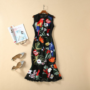Milan robe de piste 2020 Printemps Imprimer Broderie Femmes Designer Robe Marque même style vestimentaire 12 à 1,9