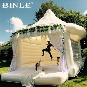 Ajults استخدام 0.55mm القماش التجاري PVC نفخ الزفاف الحارس القلعة البيضاء القفز لحضور حفل زفاف / قابل للنفخ نطاط الزفاف البيت