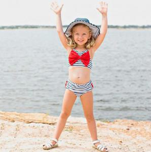 Filles Mode maillots de bain pour bébé Designer Enfants Stripe Imprimé Sling Deux Pièces Casual Sets pour Cute Bow Swinming gros