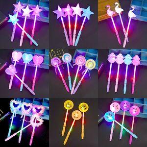 Concierto Cartoon Light Stick LED Toys Niños Fairy Stick Todo tipo de formas Magic Flash LED Light Toys L311