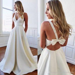 Abito Pure White Satin una linea di abiti da sposa 2020 Backless con l'arco Abiti da sposa profondo scollo a V senza maniche Estate Cheap Bridal Gown