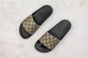 Avec la boîte Nouvelle arrivée de luxe Designer Logo 3D Imprimer Flip Flop Sandales Mode Hommes Femmes Sliders Summer Beach Pantoufles Chaussures de Plein Air