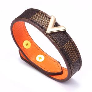 3adet Moda Altın Metal V Lady Ayarlanabilir Düğme bilezik 23cm Kadın Erkek Kahverengi Siyah Beyaz İlk Harf Deri Wrap Bilezik
