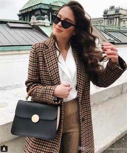 Autunm New Women Designer Coat Fashion England Style Plaid Printed Double Breasted Suit Coat Women Coats