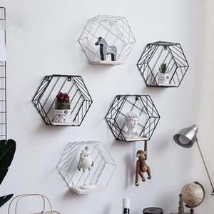 Nordique Moderne En Fer Hexagonal Grille Étagère Murale Combinaison Mural Figure Mur Décor Rack De Stockage Pour Salon Chambre