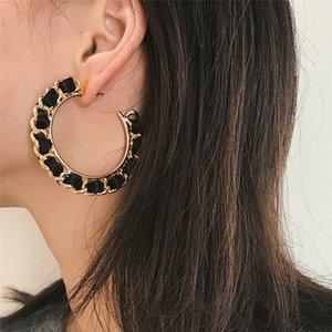 Letter C Lady Brincos tamanho grande pingente de ouro liga Corrente preta de pano Faixa Intercaladas Decoração moda jóias Ear Stud FJ220
