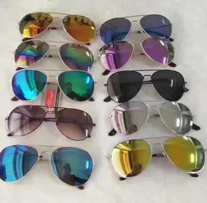 Gafas de sol de moda playa de los cabritos Material del marco UV Gafas protectoras Gafas unisex sombrillas Full Metal Gafas de sol GGA3426