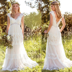 Country Boho A Line Lace Wedding Dresses 2020 V Neck robe de mariee Tulle Applique Empire Open Back Bohemia Bridal Wedding Gowns