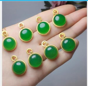 Natural emerald chalcedony pendant with free shipping V1