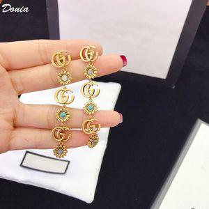DONIA المجوهرات الأوروبية والأمريكية أزياء زهرة قلادة سوار القرط خمس مجموعات من مجوهرات الزفاف المرأة مأدبة مجموعة زخرفية GIF