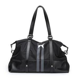 2019 Дизайнерская дорожная сумка Пентагон Нейлон Оксфорд Водонепроницаемая сумка Большая емкость на одно плечо Slant Мужчины и женщины Дизайнерские вещевые сумки