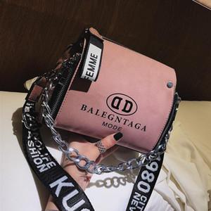 -Shaped Designer Grosso Design Corrente Shoulder Bag Bucket com Letter cinta larga Moda Scrub PU couro Crossbody Messenger Bags # 94780