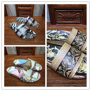 Mens designer sandálias de salto plana moda verão impressões Flip flops de couro genuíno hgih qualidade apartamentos chinelos casuais meninos sandálias mais novo