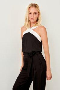 Trendyol Tops Black Strap Detail Twoss19bb0213 Y19062601