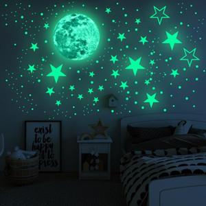 Brilhando Quarto de Wall Moon Star Etiquetas dos desenhos animados Luminous Estrelas Wall Sticker 435pcs parede Sticke Crianças Adhesive Brilhante Decoração LSK200