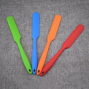 T3I5696 aracını 4 renk pişirme kazıyıcı tereyağı bıçağı mutfak pasta hamuru pişirme Uzun kol, silika jel spatula kek krem karıştırıcı