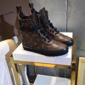 Yepyeni Kadın Tasarımcı Ayakkabı Üç Renk Ile Stokta Flatforms Lüks Moda Ayakkabı Kadın Çizmeler