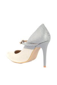 Trendyol pelle scamosciata delle donne 'Shoes S Classic con tacco TAKSS20TO0048