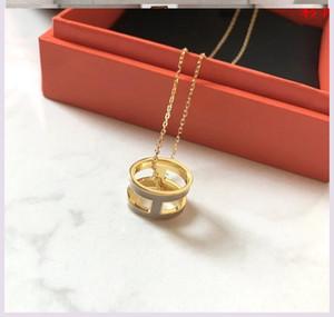 h H gris perle collier collier thé gris lettres rouges réseau de la chaîne clavicule placage d'argent ne doit pas disparaître 18K