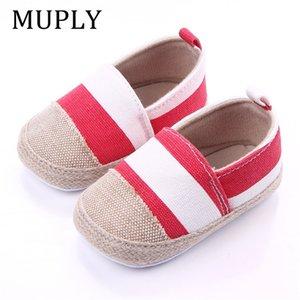 Zapatos de rayas bebé recién nacido primeros caminante del niño de las zapatillas de deporte suave suela antideslizante cuna muchacha del muchacho del bebé al por mayor de zapatos lindos 0-18m