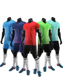 Yeni Futbol Üniformalar Yetişkin Çocuk Diy İsim Numara Futbol Formalar Kiti Camisa Futebol Eğitim Serseys tişörtleri Shorts yazdır