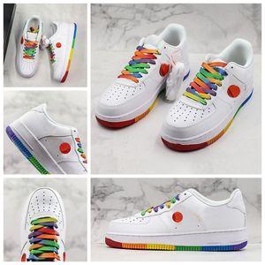 Il nuovo arrivo 1 1s 07 Sole cuscino taglio basso Arcobaleno bianche di pallacanestro Designer scarpe traspiranti della piattaforma della donna degli uomini di tendenza Sport Sneaker