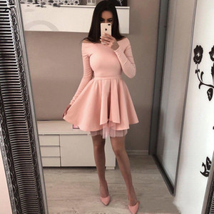 Nuevo diseñador 2019 Off the Shoulder Short Red Prom Dress vestido de formatura Manga larga Black Graduation Homecoming Dresses