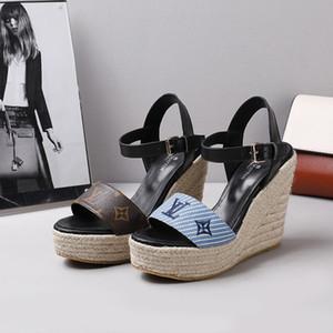 couro real das senhoras do design da marca saltos altos vestir sapatos de festa da moda menina apontou salto alto cunha sandálias chinelos Rhinestone 20