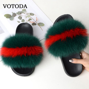 Mulheres Fur Chinelos Fluffy real Fox Fur Slides Plano Furry Sandals pelúcia macia sapatos fechados Chinelos Ladies bonito fuzzy Fur Slides T200411