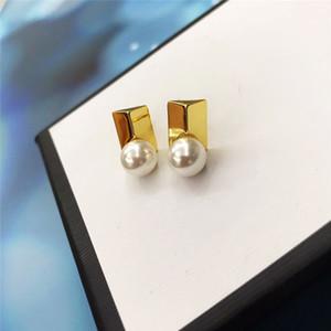 Pendientes de perlas grandes discotecas de moda Mujeres linda del oído Perlas perno prisionero delicado famoso estilista Pendientes chapado en oro de 24K