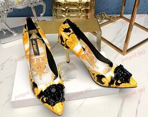 xshfbcl 2020 new arrival classical fashion ladies comfortable sandals Banquet diamond trend pointed fashion stiletto heels leather women san