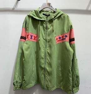 women 2020 men's designer High quality leisure jacket luxury designer women's jacket jacket HOODIE NEW exquisite embroidery. Green red