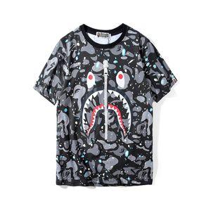 Bape Designer Mens T Shirt Dos Homens Das Mulheres de Alta Qualidade Mangas Curtas Com Zíper Decoração de Impressão de Tubarão Tees Tamanho M-2XL